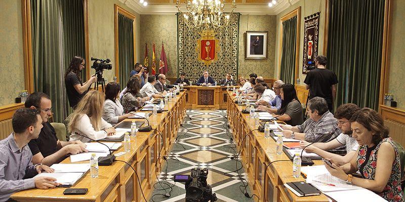 Mariscal presenta en el Debate del Estado de la Ciudad los proyectos tangibles que ha puesto en marcha en dos años