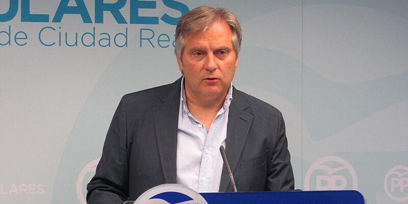 A Cañizares le llama la atención que Page diga ahora que va a traer las cuentas regionales sin negociar
