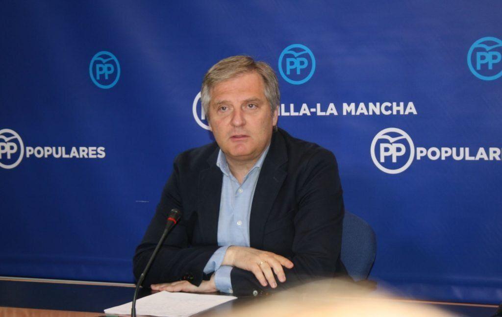 Cañizares afirma que el PP no puede apoyar los presupuestos que Page pactó con Podemos