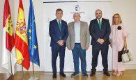 Caja Rural CLM traslada al delegado de la JCCM en Albacete su compromiso con el desarrollo de la provincia (640x511)
