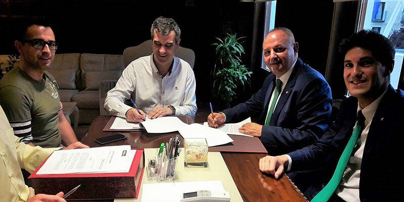 Caja Rural Castilla-La Mancha firma una operación de préstamo con el Ayuntamiento de Guadalajara
