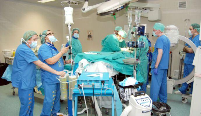 Condenan al Sescam con 30.000 euros por una operación bastante chapas hecha en el Hospital de Guadalajara