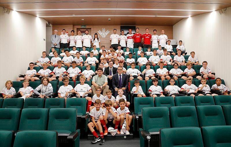 Globalcaja, con el Campus de Fútbol del AC Milán