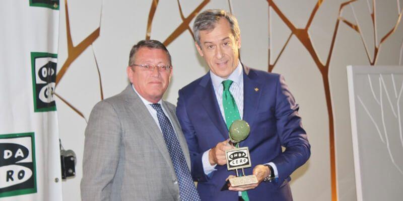 López Martín recoge el galardón 'Trayectoria Profesional' en los 'XXV Premios Corazón de la Mancha'
