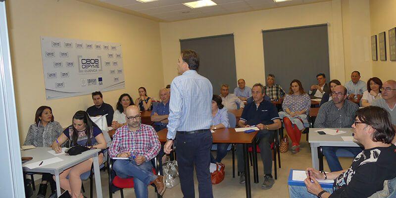 La Asociación de Comercio de Cuenca celebra una nueva jornada para adaptar las ventas a cada cliente