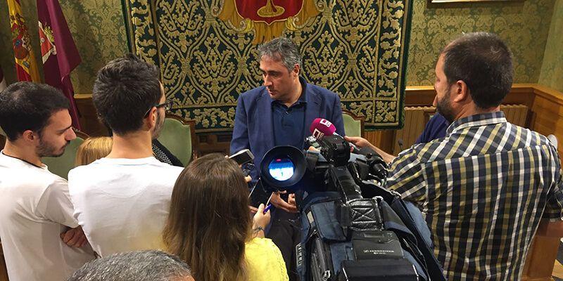 Mariscal recuerda que el Servicio de Limpieza arrastra los recortes y el desmantelamiento de la etapa anterior