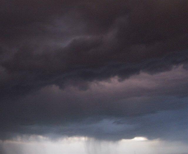 Protección Civil y Emergencias alerta de fuertes lluvias y tormentas en el centro peninsular