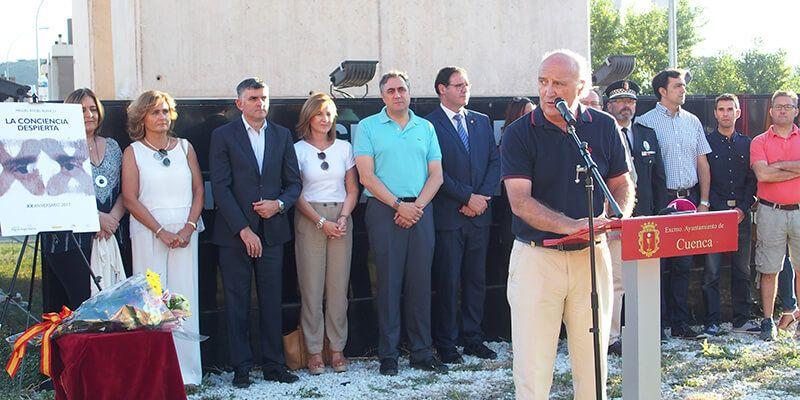 Cuenca se une al homenaje en memoria de Miguel Ángel Blanco y de todas las víctimas del terrorismo