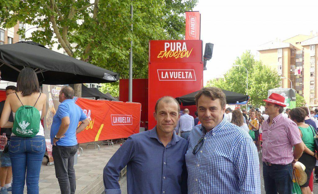 El presidente de CEOE Cepyme Cuenca asiste al final de etapa de la Vuelta Ciclista