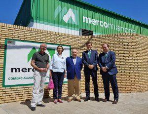 Caja Rural CLM visita Mercomancha, empresa especializada en la comercialización de productos agroalimentarios