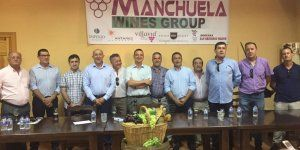 La Junta impulsa la creación de 'Manchuela Wine Group', una cooperativa formada por seis municipios