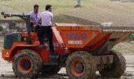 Responsables de CEOE CEPYME Cuenca visitan empresas afectadas por las inundaciones en los polígonos