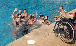 Profesionales del Hospital Nacional de Parapléjicos ofrecen recomendaciones a las personas con lesión medular para un verano saludable