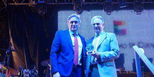 Pedro Mombiedro agradece el Premio Ciudad de Cuenca a la organización de los actos conmemorativos del XX Aniversario