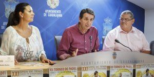 presentacion del open de tenis y del trofeo de padel de ferias y fiestas e1503653521425   Liberal de Castilla