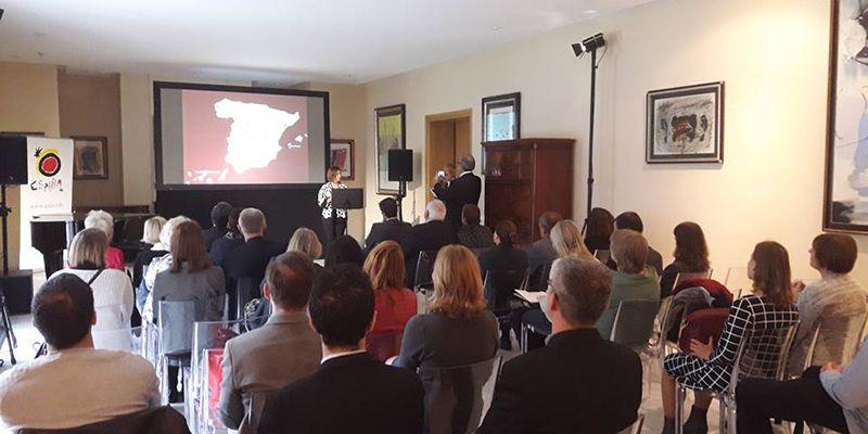 Cuenca presenta su oferta cultural y tur stica en polonia for Oficina turismo polonia