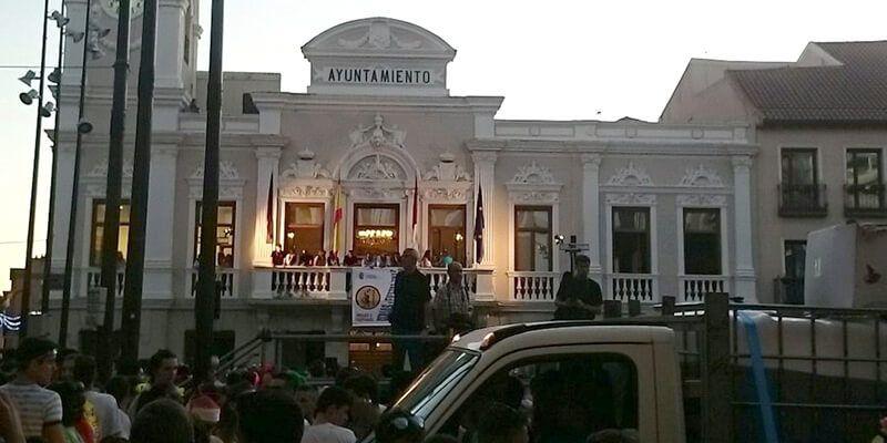 Dos heridos leves, algunas llamadas quejándose del ruido.... El otro balance de la concentración de peñas en Guadalajara