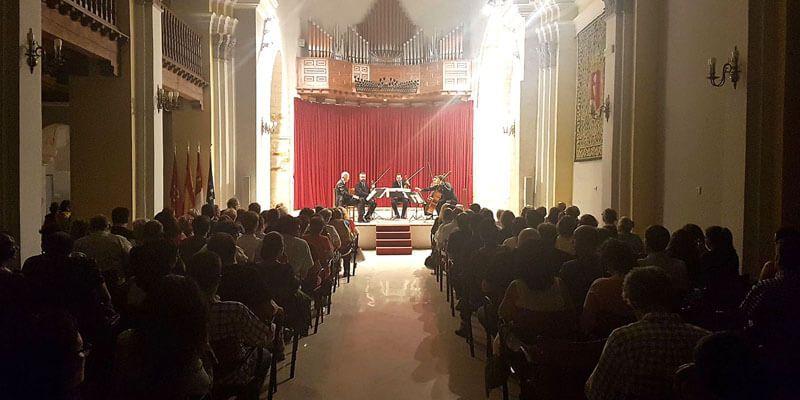El ciclo Maestros en Ruta concluye su periplo rozando el lleno en la iglesia de San Miguel de la capital conquense