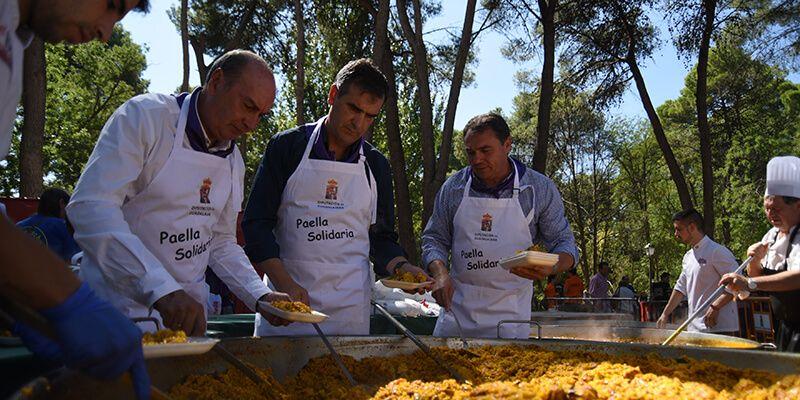 La Paella Solidaria a beneficio de AFAUS congrega en Guadalajara a más de 4.300 personas