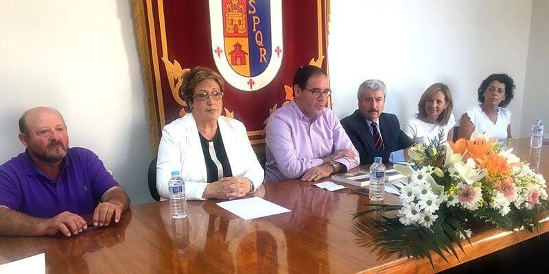 Manuel Amores recoge en su libro 'Saelices, un rincón de España' su pasión por la historia y este municipio conquense