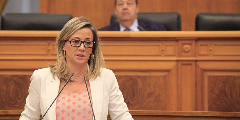 Merino denuncia que Page debe 50 millones de euros a los jóvenes de la región que quieren ser agricultores y ganaderos