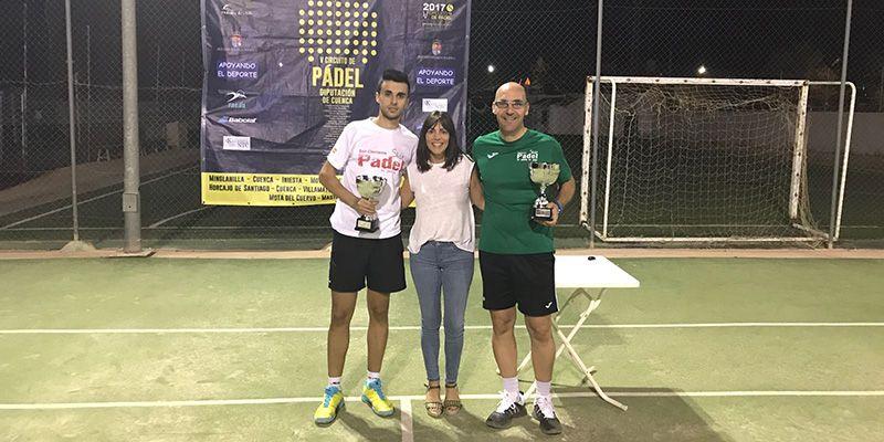 Villanueva de la Jara disfrutó del mejor pádel de la provincia en el IV Torneo 'Santa Teresa'