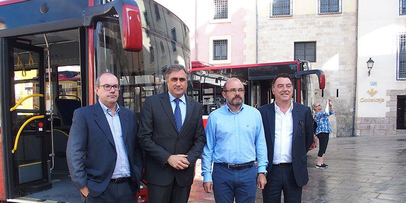 Cuenca renueva su flota de autobuses urbanos con dos nuevos menos contaminantes