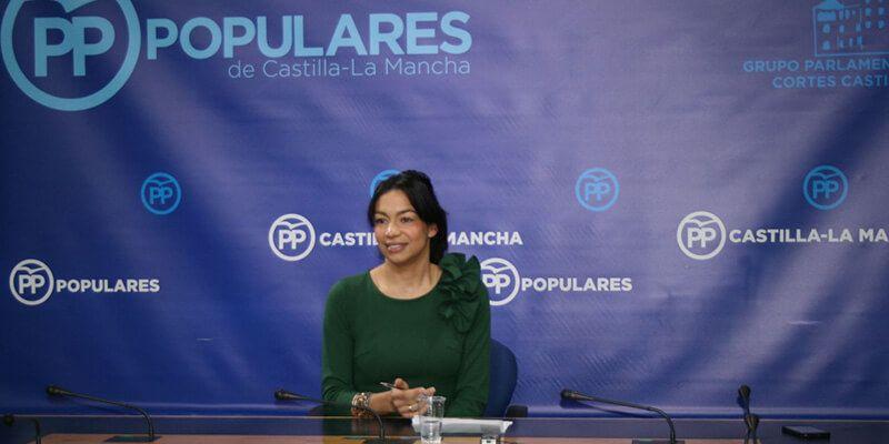 Alonso suma al caos del inicio escolar y la falta de docentes el adoctrinamiento ideológico de Page y Podemos
