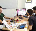 Alumnos de la UCLM trabajan en la nueva web de la Asociación de Mujeres Afectadas de Cáncer de Mama Santa Águeda