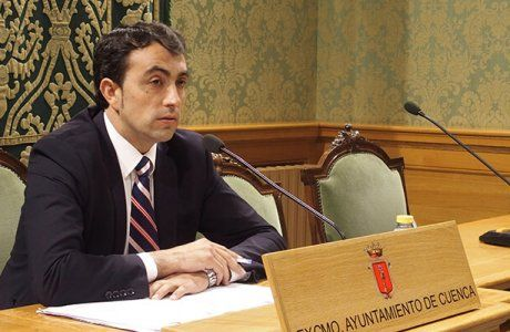 El PP en el Ayuntamiento de Cuenca acusa de deslealtad a Page y le recuerda que no es él quien lidera el urbanismo en la ciudad