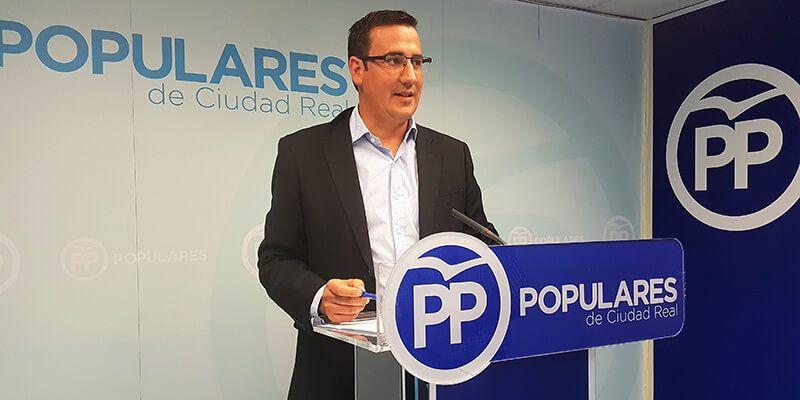 El PP lamenta que Page no sea tan contundente como otros dirigentes del PSOE contra el independentismo