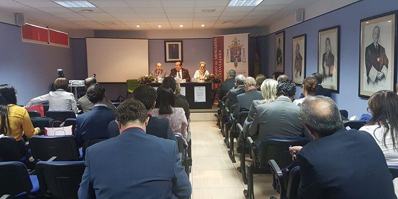 José Manuel Latre participa en la inauguración de las VI Jornadas Laborales del Colegio de Abogados
