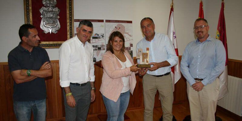 La Junta premia con el tercer ARUI al proyecto de mejora, renovación y accesibilidad en el casco histórico y el barrio del Caño de Tarancón
