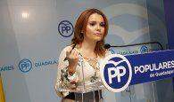 """Marta Valdenebro: """"Page hunde la sanidad y la educación de la región y de Guadalajara pero mantiene a los que apoyan a los golpistas"""""""