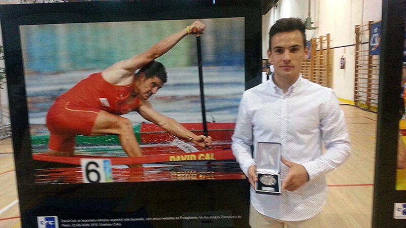 Mención honorífica al Mejor Deportista en Edad Escolar 2016 para el palista del Cuenca con Carácter Víctor Pardo
