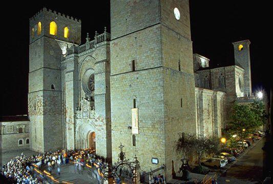 Modificados el conjunto histórico de Sigüenza y delimita la protección de la Catedral y el Castillo