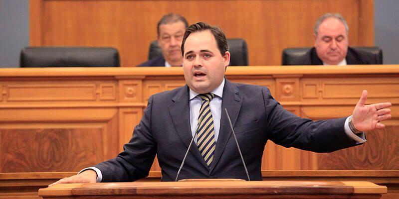 Núñez pide a Page que ponga en marcha las infraestructuras prometidas en materia de agua, carreteras y vivienda