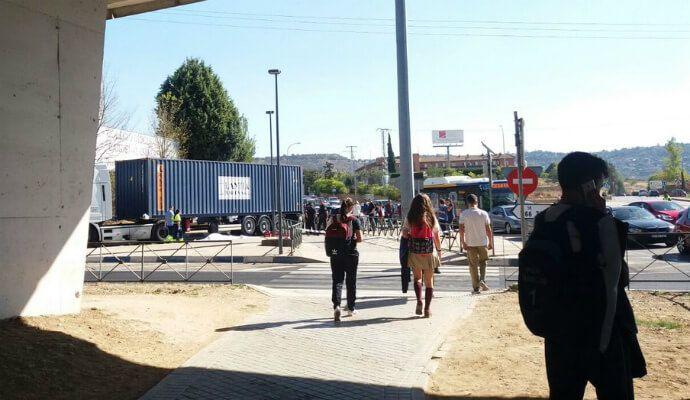 Recogen 14.000 firmas para pedir más seguridad en la rotonda de Guadalajara donde murió una joven
