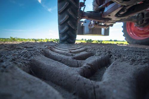 Unión de Uniones lamenta que los cambios en la PAC abran la puerta a los agricultores de sofá