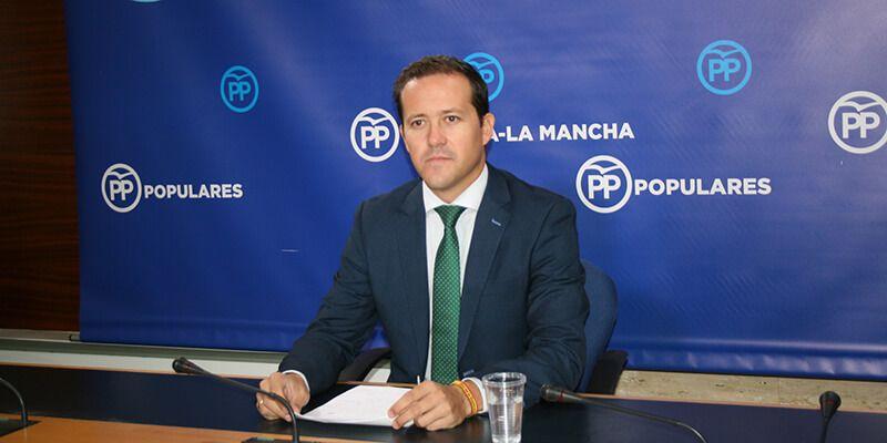Velázquez denuncia la grave situación de la Sanidad pública por culpa de la parálisis institucional perpetrada por Page y Podemos