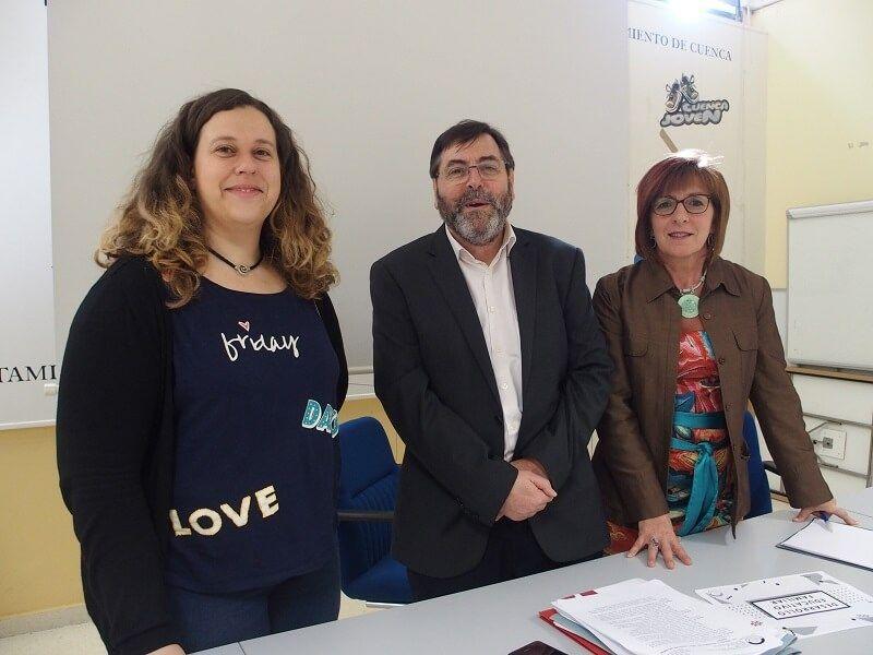 Ayuntamiento de Cuenca y AIS ponen en marcha el proyecto 'Desarrollo Educativo Familiar'
