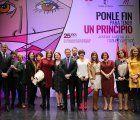 """Castilla-La Mancha concederá a partir de 2018 ayudas de 4.000 euros a los menores huérfanos de madre por """"asesinato de género"""""""