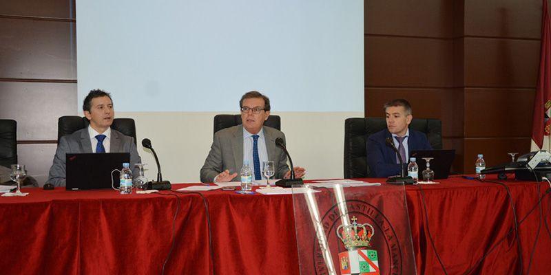 La UCLM se verá abocada a un ajuste de 20 millones de euros en 2018 para adecuar su actividad a la financiación autonómica