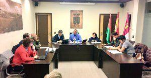 Las reclamaciones vecinales surten efecto El Ayuntamiento de Quer clausura temporalmente sus tres empresas de reciclaje y residuos