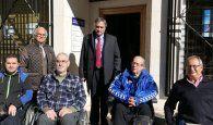 Mariscal muestra su apoyo a la asociación Aspaym en su labor a favor de las personas con discapacidad