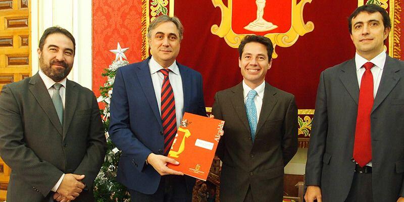 Ayuntamiento de Cuenca y CONVECU firman un convenio de colaboración para apoyar al sector de la automoción