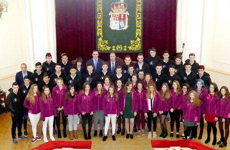 Diputación de Cuenca entrega 30.000 euros en becas a 56 jóvenes deportistas de la provincia