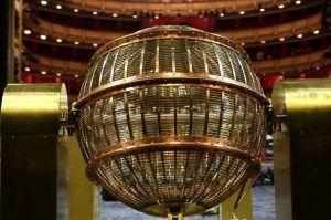 El premio 'Gordo', de 4.000.000 euros, recae en el 71.198 e ignora a C-LM