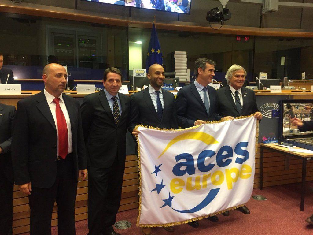 Guadalajara recibe la bandera que la acredita como Ciudad Europea del Deporte 2018