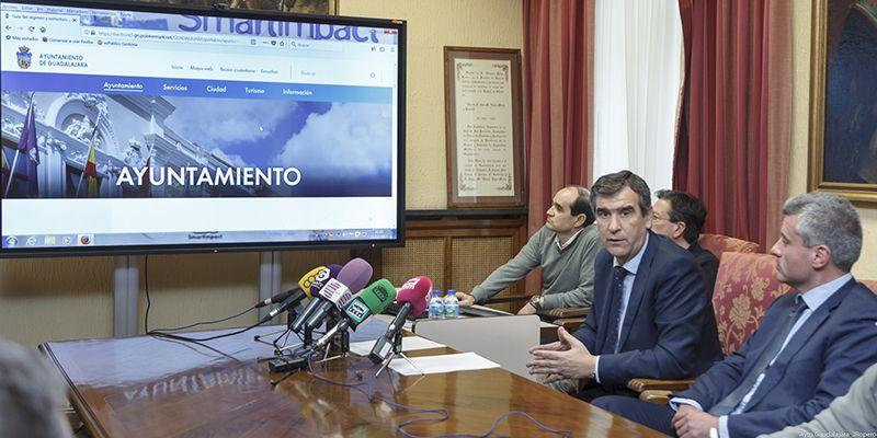 El Ayuntamiento de Guadalajara estrenará nueva web, más accesible y transparente
